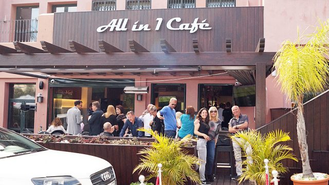 Hitman & Her at All in 1 Cafe