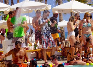 Ibiza-Party-Nikki-Beach-28