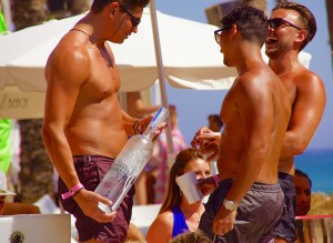 Ibiza-Party-Nikki-Beach-39